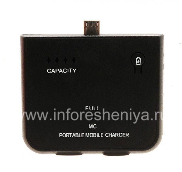 Портативное зарядное устройство для BlackBerry, Черный: На передней поверхности устройства есть кнопка, позволяющая отобразить текущий уровень заряда (CAPACITY).