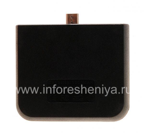 Портативное зарядное устройство для BlackBerry, Черный: Заявленная емкость портативного зарядного устройства — 1500 мАч.