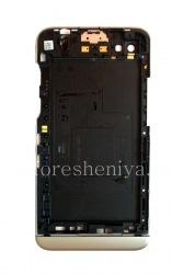 Der Rand (Mittelteil) des Originalgehäuse für Blackberry-Z30, Silber / Schwarz