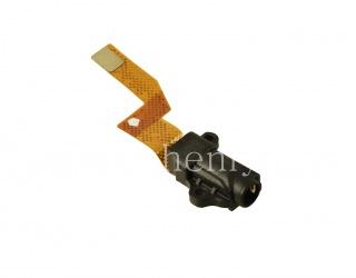 音频插孔(耳机插孔),T18为BlackBerry P'9983保时捷设计, 黑