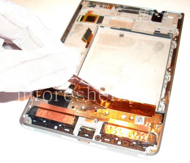 BlackBerry Passport Silver Edition Disassembly Instructions