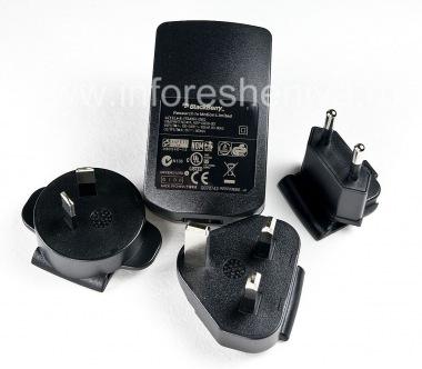 Купить Оригинальное универсальное сетевое зарядное устройство с насадками для разных стран для BlackBerry